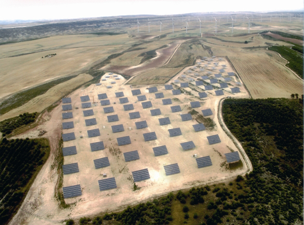 Ades. Seguidores solares. Energía solar
